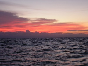 Red Sky at Night:  Overnight to Vivorillos Cayes
