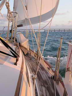 SailingUnder7MileBridge