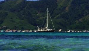 Anchored off Josh Cay, Guanaja in the Bay Islands, Honduras