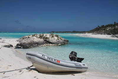 Dinghy Shroud Cay
