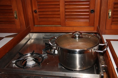 Chili simmering, heating up the boat and adding aroma all at the same time.