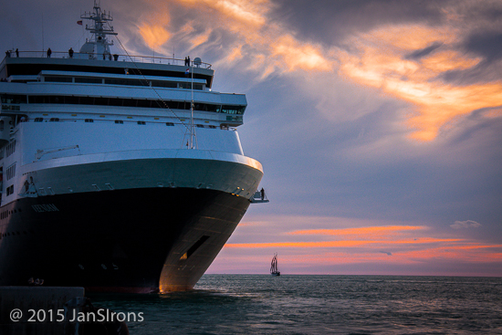 Cruise Ship departs Key West just at sunset (no blocking the view!)