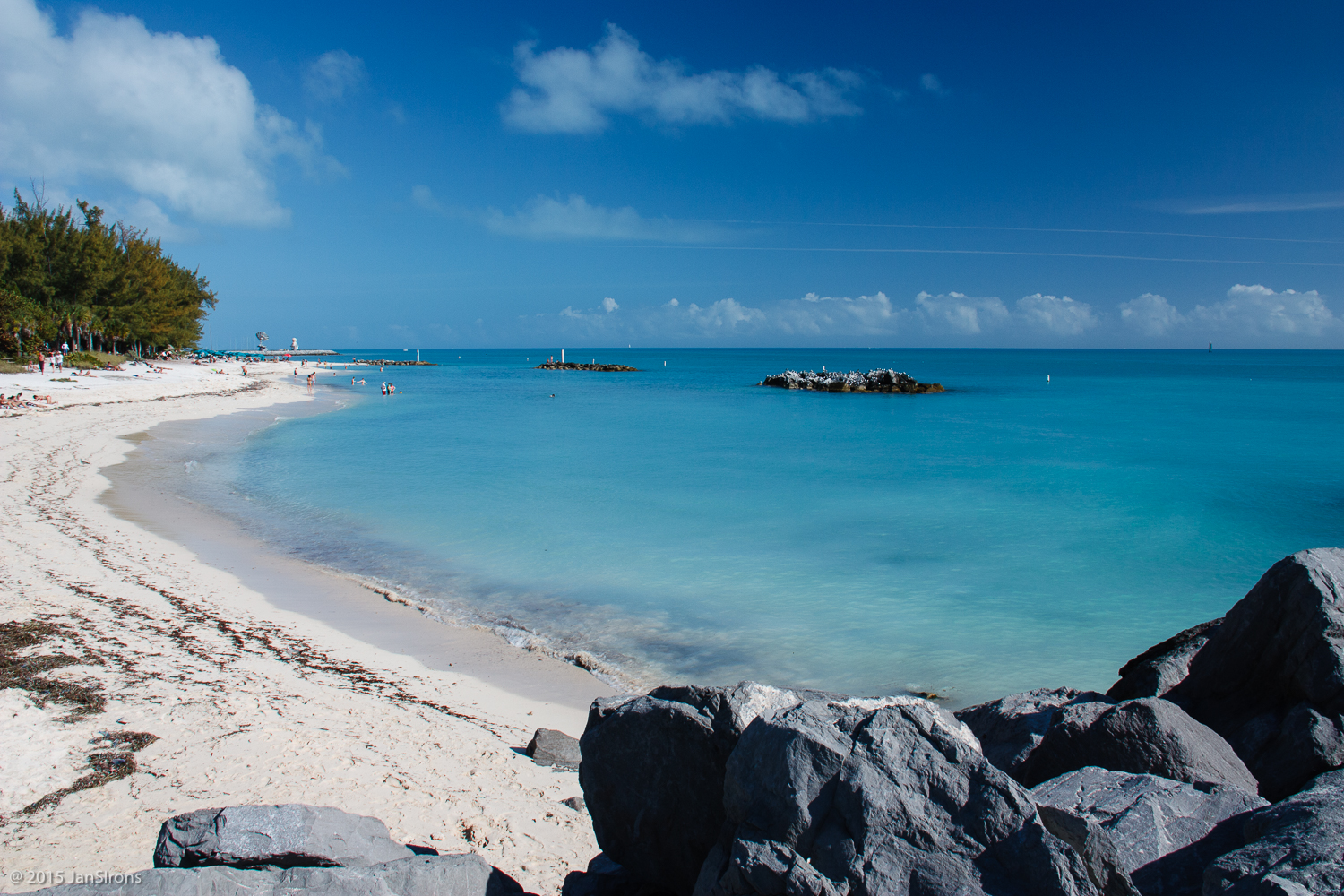 Fort Zachary Taylor State Park Beach may be the best beach on Key West.