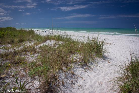 Public beach in walking distance on the Gulf side of Longboat Key.