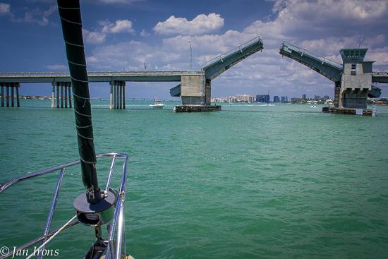 Siesta Key Bridge ... these bridges are all starting to look alike!